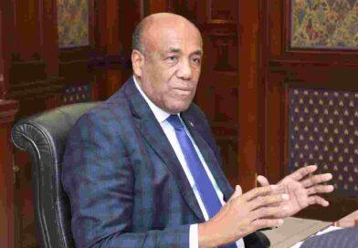 Ministro de Energía y Minas adelanta alza en tarifa de electricidad va