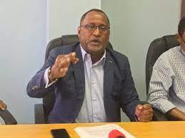 Reclaman aumento salarial de 40 % para los trabajadores del sector turismo