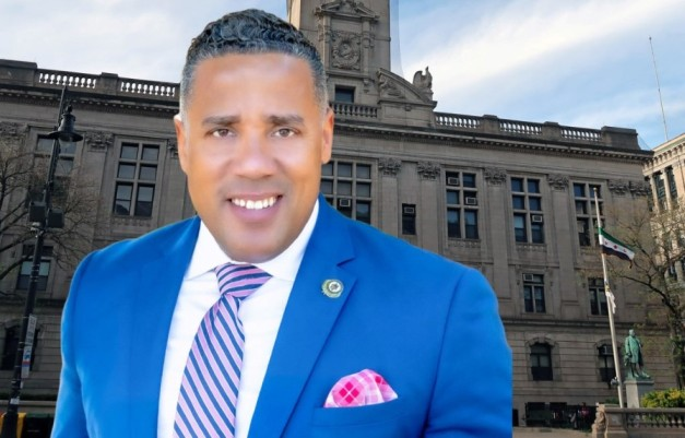 Concejal dominicano en Nueva Jersey acusa alcalde de persecución política y anuncia volverá a postularse a la alcaldía